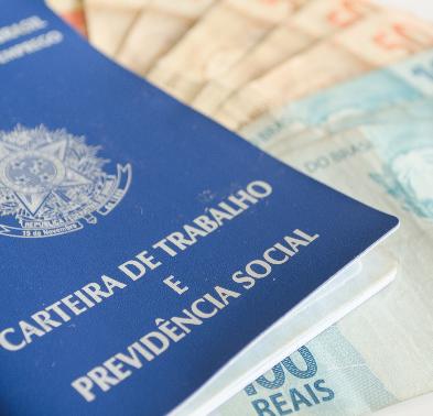 Publicada MPv que fixa o valor do salário mínimo em R$ 1.100,00