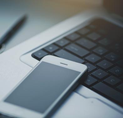 TRT/3: Não caracteriza sobreaviso o uso de celular corporativo sem comprovação da disposição habitual do empregado