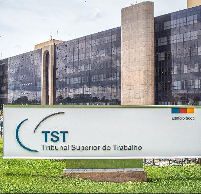TST anula cláusulas coletivas que limitam contratação de aprendizes e PCDs