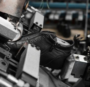 Portaria restabelece prazos para adequação das máquinas de calçados da NR 12